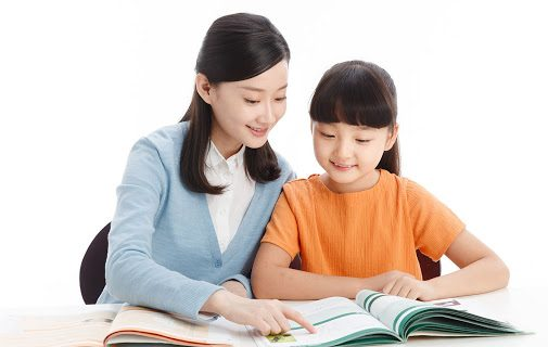 Hãy giải thích cho bé tầm quan trọng của đọc sách
