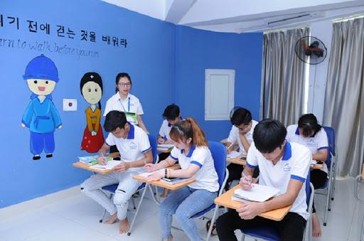 Cách học tiếng Hàn thông qua các trung tâm uy tín