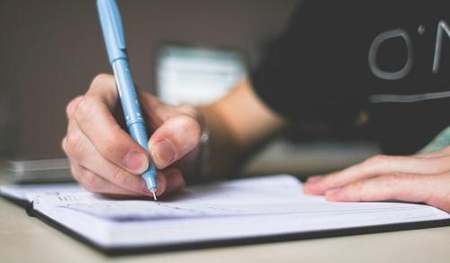 Tập viết những điều bạn nghĩ và chỉnh sửa lại sau khi viết